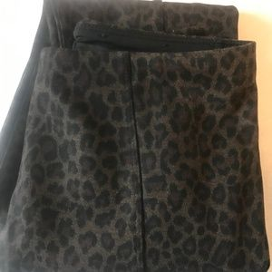 Liverpool Leopard Print Leggings